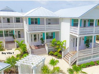Bay Villa 7-Brand new 3BR waterfront villa FL Keys, Islamorada