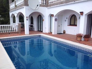 Apartment 2 Bed en-suite shower with private pool, Competa