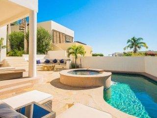 Beautiful 3 Bedroom Villa in Cabo San Lucas