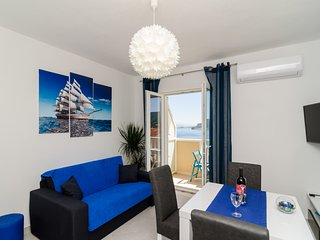 Sweet Blue Escape 1BR APT With Sea View