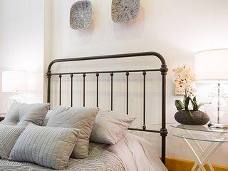 Fully Furnished 2 Bedroom Apartment ~ East Village, Nueva York