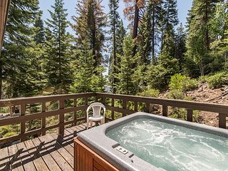 Hot Tub Deck in the Pines – 2 Blocks to Lake Tahoe!