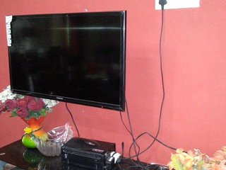 Internet Wi-Fi and Cable TV