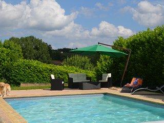 Maison perigourdine avec piscine 8 mns de Sarlat