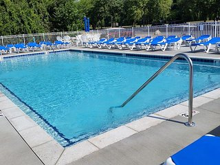 Contemporary Pool View Condo w/ 2 BR & 2 BA next to Lakefront Development