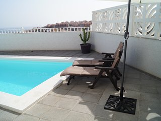 Apartment with private terrace in very quiet place, Arguineguin
