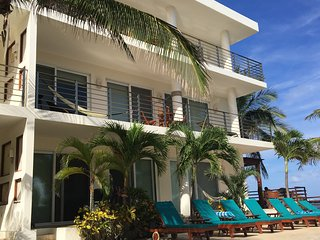 Luxurious Beachfront Condo on the Riviera Maya, Puerto Morelos
