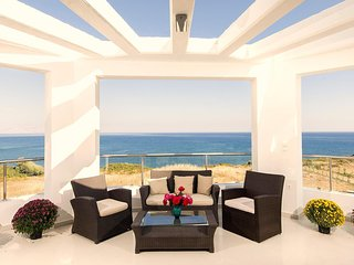 Olga Beach Front Villas, Lachania