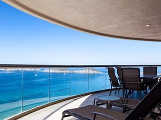 3 Bedroom Condo Playa Blanca 1110