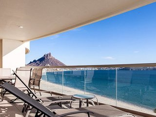 3 Bedroom Condo Playa Blanca 702