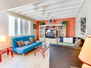 Double-loft condo with beach access, pool views, and a shared tennis court!