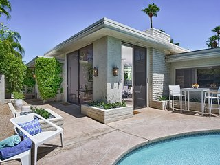 Villa Fontaine ~ Pied À Terre With Private Pool, Palm Springs