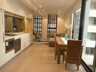Stylish, Modern & In Heart of St Leonards ATCH1