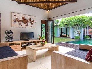 Villa Abimanyu II - 3 Bedroom Bali Holiday Villas in Central Seminyak
