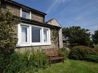 PK836 Cottage in Quarnford, Nr, Flagg