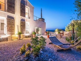 Villa de luxe Uzes, 4 chambres/piscine interieure