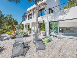 Villa de luxe  210 m2,4chambres,piscine interieure
