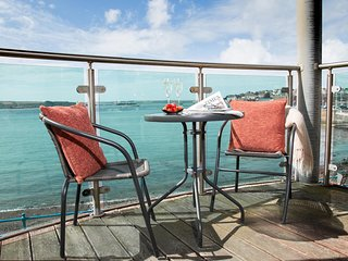 Sea Front Marina Apartment on Pembrokeshire Coast