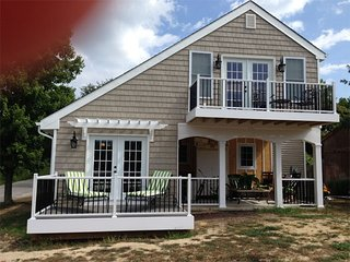 Newly Renovated Pet Friendly Cottage 132202, Cape May Point
