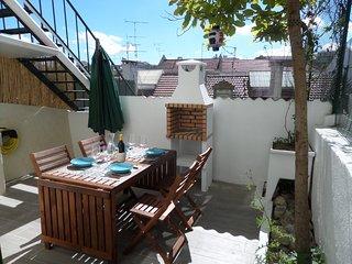 Céntrico piso en Lisboa en barrio de Graça