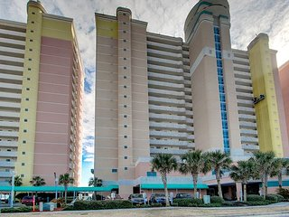 Beautiful 2bd/2ba Oceanfront Condo, North Myrtle Beach