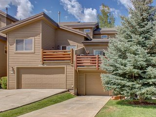 Charming bear-themed home w/ hot tub, fitness center, & pool access!, Park City