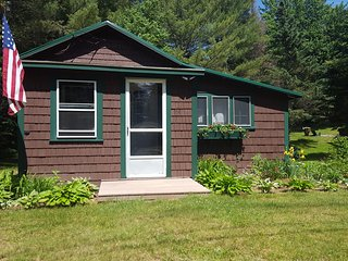 Ammonoosuc House- Twin Mt NH 03595, Twin Mountain