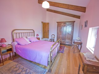 Mas Le Sague Main House Bedroom 1 B & B