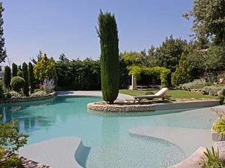 Superbly Restored Provencal 'Bastide' With 6 Bedrooms, Set on Gorde's Hills, Oppede
