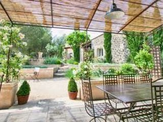 Peaceful Luxury 5 Bedroom Home in Eygalieres, Les Baux de Provence