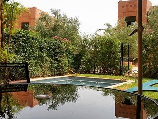 Jolie Villa Jardin de l'Atlas avec piscine privée, Marrakech