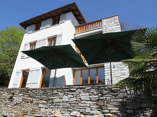 Haus mit traumhaften Blick auf den Lago Maggiore