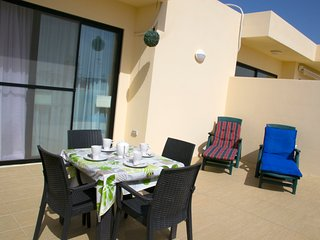 Modern Penthouse 2 Mins From The Sea-Central Bugibba (Fully A/C+Free Wifi)