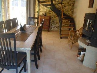 Gite de 110 m2 dans corps de ferme, wifi, Litteau
