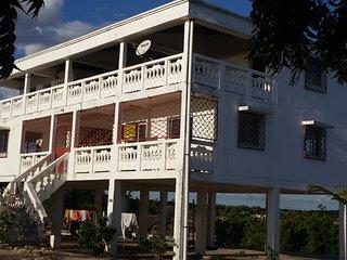 Villa Blanche - Location vacances - Bord mer-, Majunga