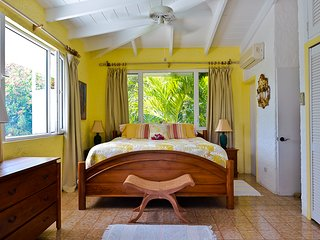 Ocean Garden -  King master bedroom suites