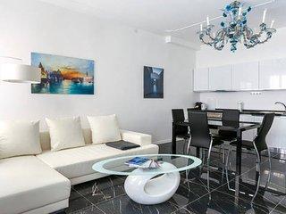 Newly Renovated Apartment 1, Veneza