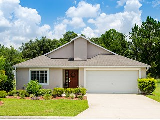 Gorgeous 4BR Pool Home From 2 Miles 2 Disney, Boulevard