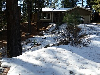 Beautiful Tahoe home in quiet, Mountain view, Stateline