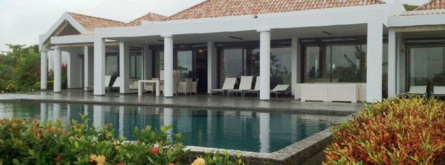 Villa Monte Verde 4 Bedroom SPECIAL OFFER, Orient Bay