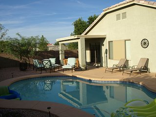 Queen Creek - Relax by the Heated Pool