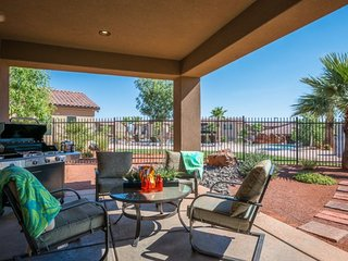 Bryce Poolside Home at Paradise Village, 3 Bedroom St. George Vacation Home, Saint George