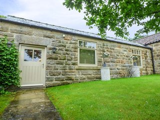 Oaktree Cottage, all ground floor, luxury accommodation, close to many attractions, Harrogate, Ref 937822