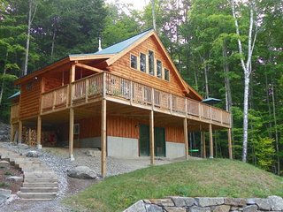Private White Mountain Newer Home with Mountain Views!, Campton