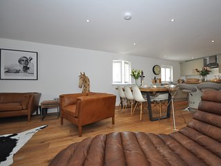 44955 Apartment in Tetbury, Stroud
