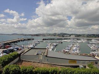 Au Bord De La Mer, Apartment 2 located in Torquay, Devon