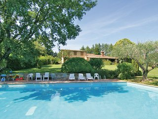 6 bedroom Villa in Bracciano, Latium Countryside, Italy : ref 2222133, Trevignano Romano