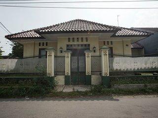 Dtradisi Blunyahgede Homestay Yogyakarta Indonesia, Sleman