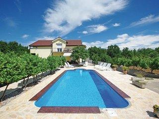 6 bedroom Villa in Makarska-Poljica Imotska, Makarska, Croatia : ref 2277217, Donji Prolozac