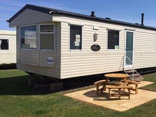 3 Bedroom Deluxe Caravan Dog Friendly Haven Site, Watchet